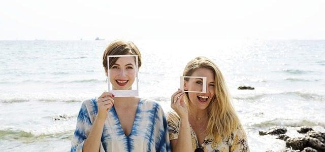 Reglas para salir de vacaciones con tus amigos y no enfadarte