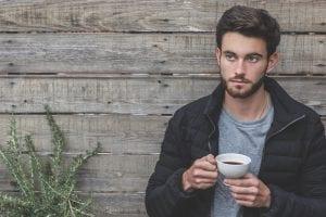 Ser joven, vivir solo y comer bien
